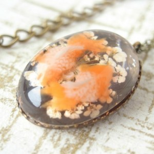 Necklace Orange Color Goldfish and Dry Flower Cabochon Asian Oriental Handmade