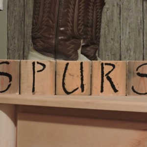 SPURS Western Natural Wood Shelf Blocks