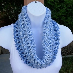SUMMER COWL SCARF Light Blue & White Small Short Infinity Loop, Soft Handmade Crochet Knit Circle, Lightweight Neck Warmer, Ready to Ship