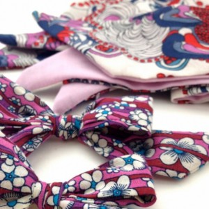 Liberty of London bows, Liberties London, little girl bows, bows for little girls, fabric bows, baby girl bows, ponytail bow, schoolgirl bow