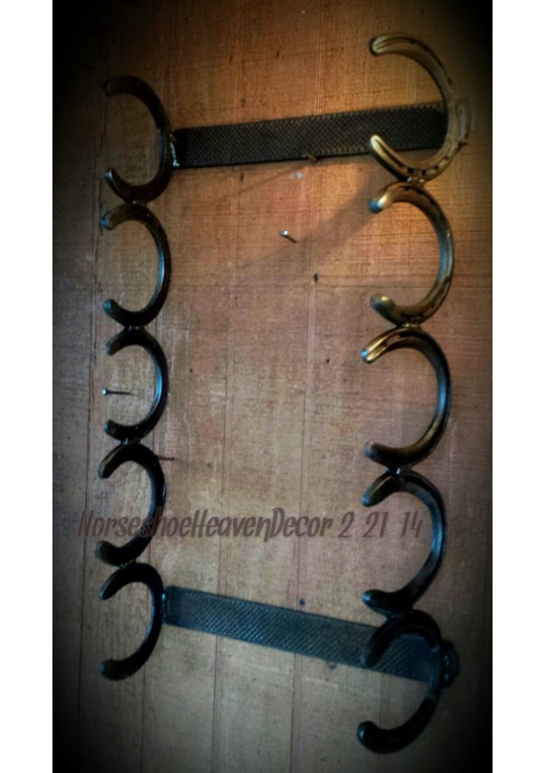 Country Rustic Horseshoe Towel Or Gun Rack Coun
