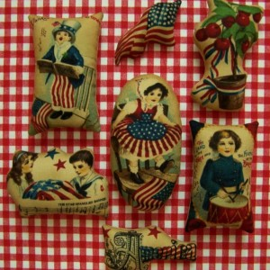 7 Primitive Fourth of July Flag Ornies Tucks Shelf Sitter Americana Patriotic Folk Art Folkart 4th of July Grungy