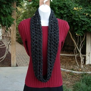 Small INFINITY SCARF, Skinny Loop Scarf, Little Winter Cowl, Black Dark Gray Grey Soft Wool Blend Crochet Knit..Ready to Ship in 2 Days