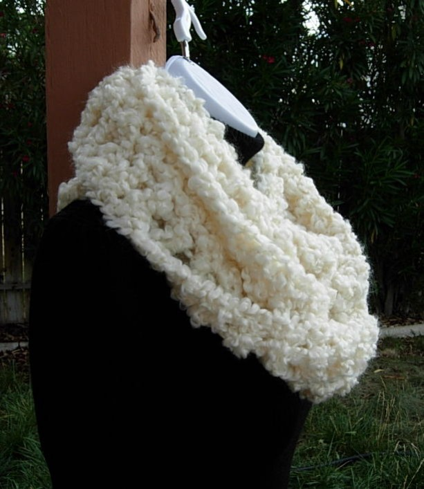 cb4c92af0 ... Bulky Crochet INFINITY SCARF, Oversized Cowl, Light Solid Cream, Winter  White Large Thick ...