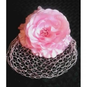 Lover's Knot Birdcage Veil in Dusty Pink Rose