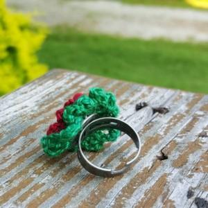 Flower Ring - Statement Ring - Red - Green - Crochet - Christmas