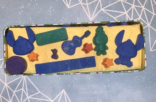 LILO & Stitch crayons!