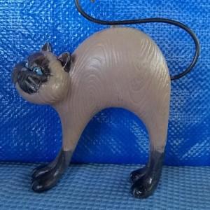 FOLK ART CAT figurine, Siamese cat