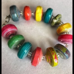 Colorful chunky paperbead bracelet