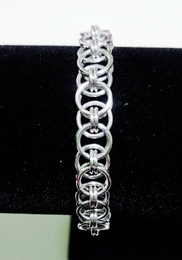 Silver helm chainmaille bracelet
