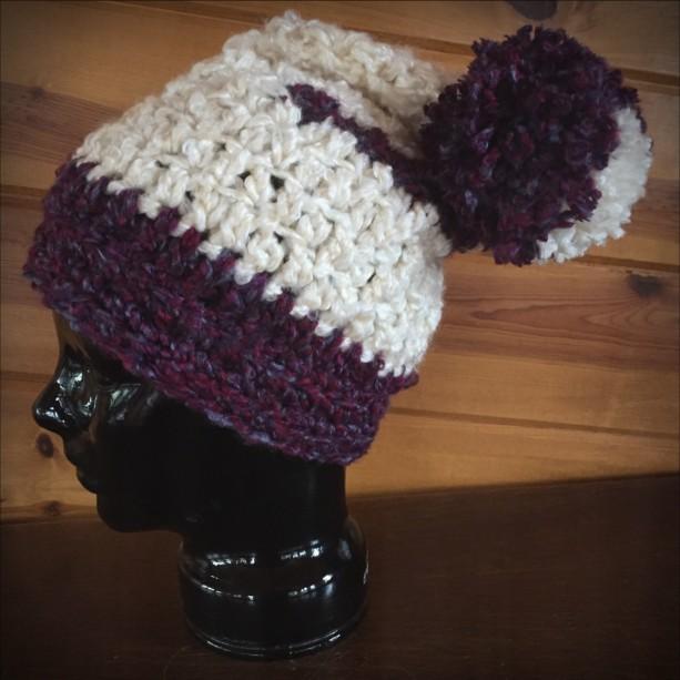 cream & dark plum slouchy hat (9804)