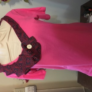 Short-Sleeve Pink Tie Tee Size L