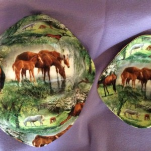 Equestrian Cool Hands Micro 'hot pad' Bowls