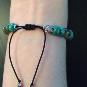 Green turtle bracelet