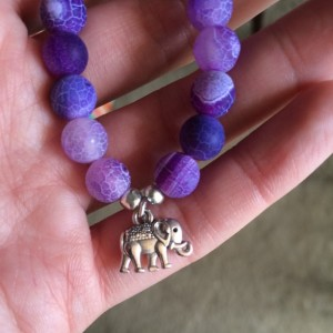 Purple agate stretch bracelet