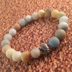 Amazonite shell bracelet