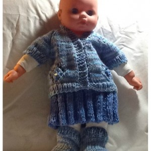 Shades of blue sweater set, preemies sweater set, baby's first v-neck sweater set, preemies homecoming set, just in time for the holidays.
