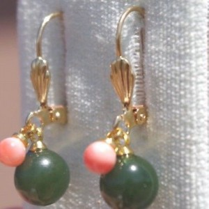 GEM QUALITY 14K GF ANGEL SKIN CORAL 8mm APPLE GREEN JADE LEVERBACK EARRINGS AAA