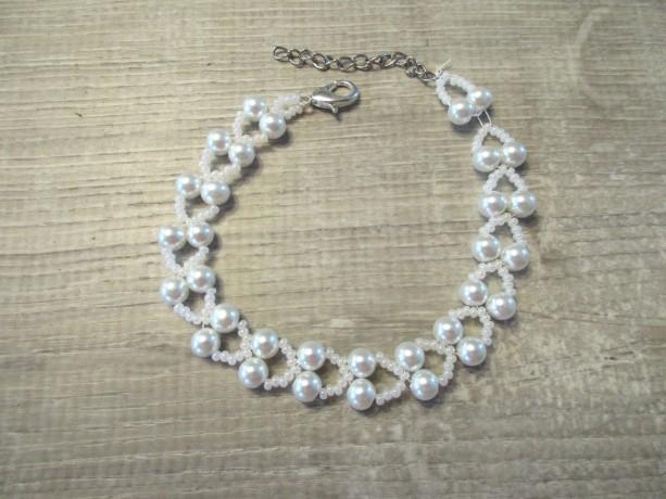 Beaded Bracelet White Pearl Glass Beads