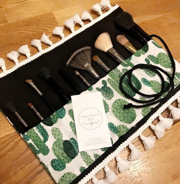 Cactus Green and Black Makeup Brush Roll Case with White Tassel Trim