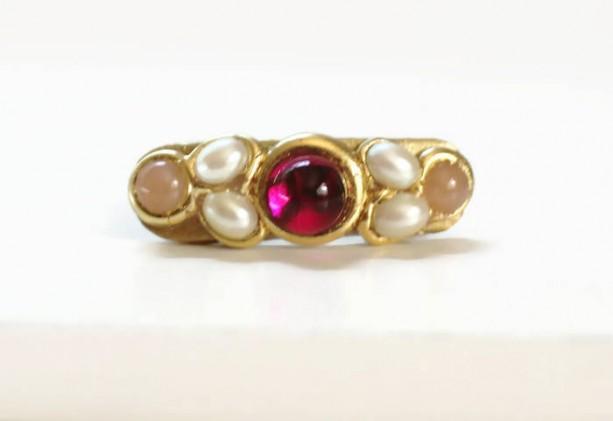 Pink Pearl Mini Clip