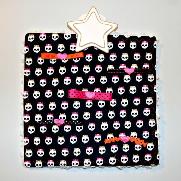 "Halloween ""Bow-zy Cozy"" Pet Activity Blanket"