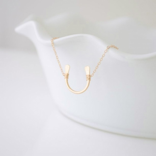 Gold Or Silver Hammered Horseshoe Necklace