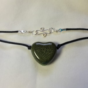 Ceramic Puffed Heart Necklace - Green & Black