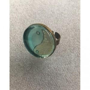 yin yang rings,glass rings,yin yang,water and ice,Frozen