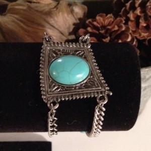 The Tia Bracelet