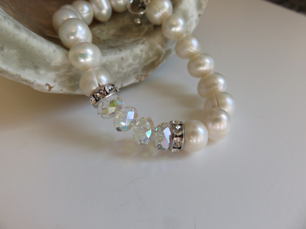 Big Pearls & Sparkle Bracelet