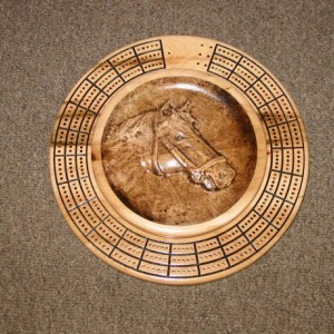 Horse 3 track round cribbage board with storage