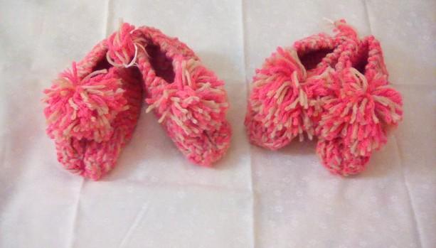 Toddler Slippers with Pom Pom