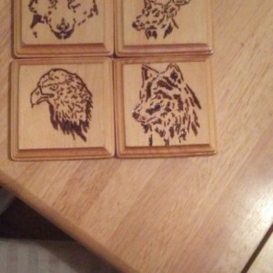 4 NEW WOOD DRINK COASTERS DECORATIVE WILD ANIMALS RUSTIC ELK WOLF EAGLE BEAR DESIGN ART