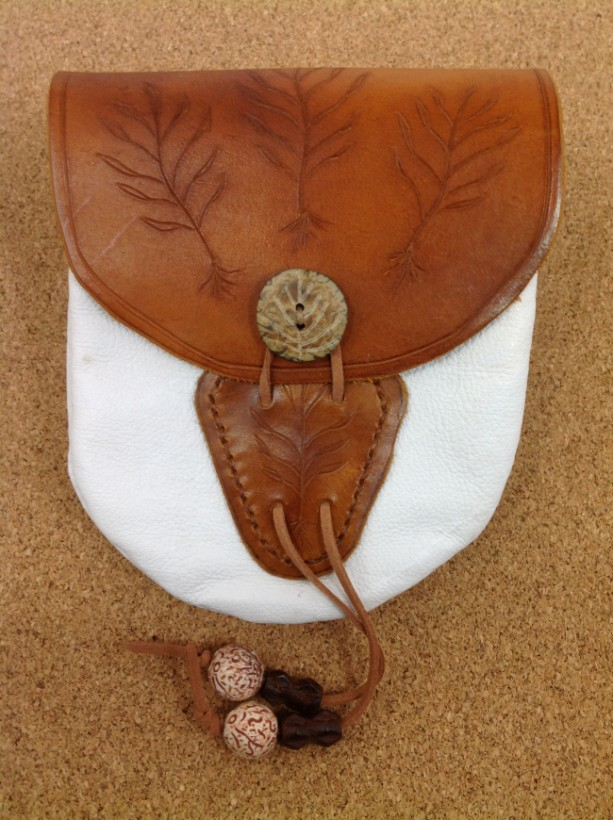 Rootseeker - The Adventurer's Leather Pouch