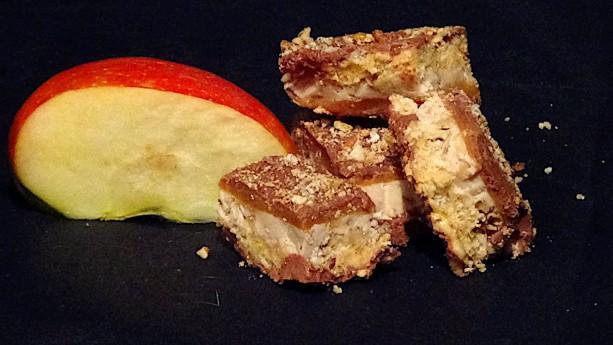 Apple Pecan Toffee (1lb)