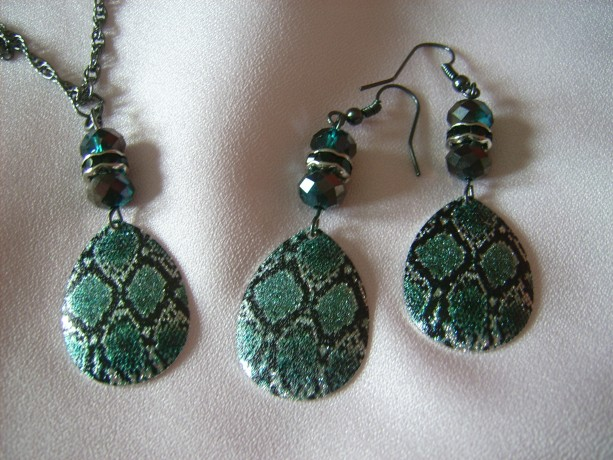 Blue Snakeskin Necklace and Earring Set