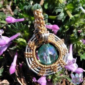 Hand Woven Wire Weave Lucite Aura Bead Pendant / Wire Weave Jewelry / Festival Pendant / Boho Style Jewelry / Copper Wire Jewelry