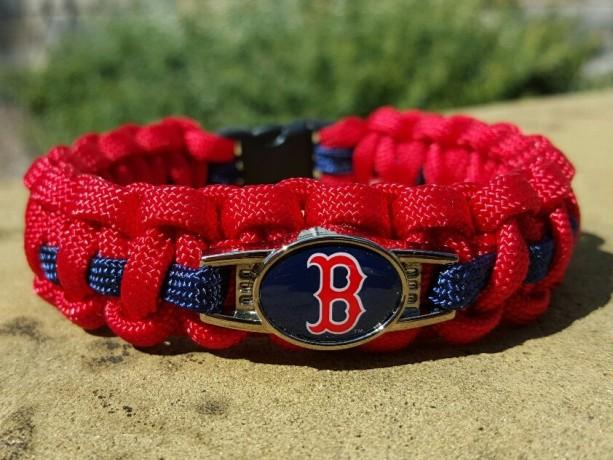 Boston Redsocks Paracord Bracelet MLB Officially Licensed Charm