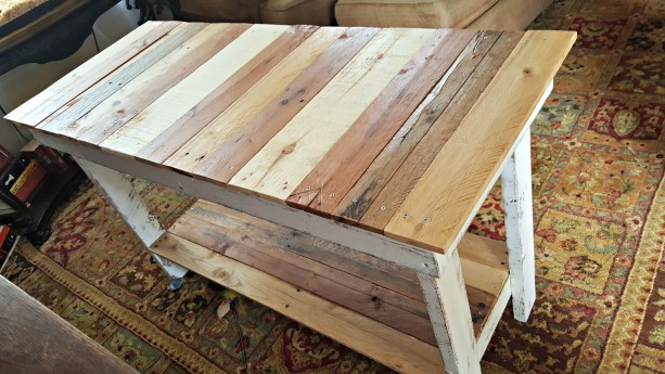 Handcrafted Reclaimed Wooden Whitewashed Pallet Sofa Table