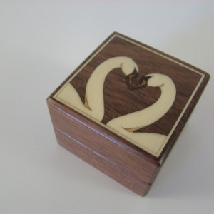 Ring box with inlaid white Swans.  Free shipping and Engraving.  RB35