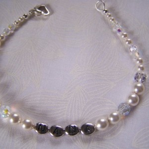 Nana Personalized Bracelet Swarovski Crystals and Pearls Custom Grandma