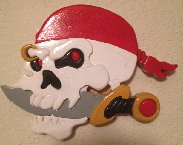 Skull pirate w/knife