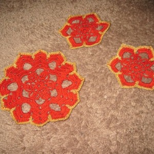 Red and Gold Snowflake Coaster Set and Doily