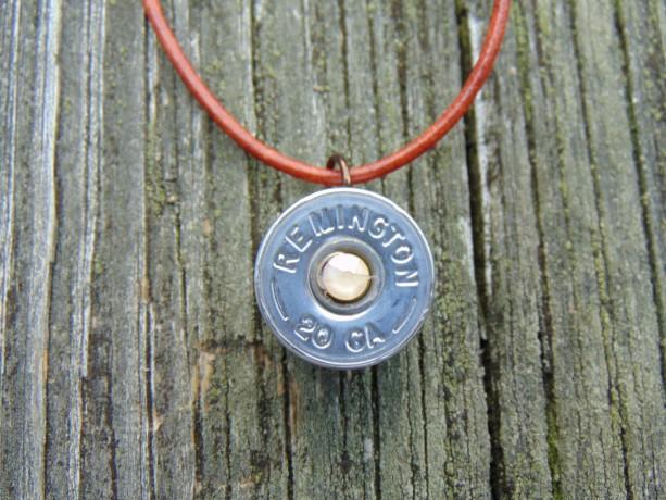 Remington necklace with Swarovski crystal