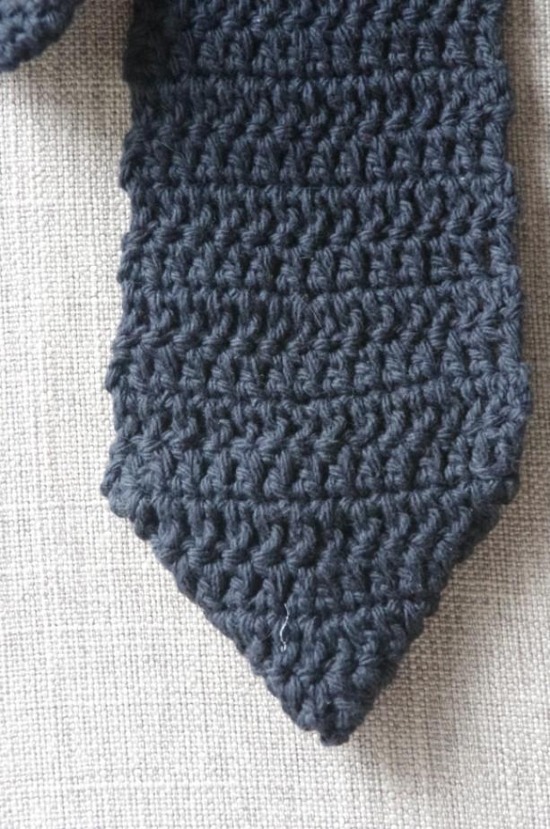 Men S Crochet Necktie In Eye Catching Colors And Patterns