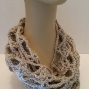 Scarf Infinity Cowl - Chunky Scarf, Crochet Scarf, Beige Scarf, Chain Stitch Scarf, Handmade Scarf, Gift for Her