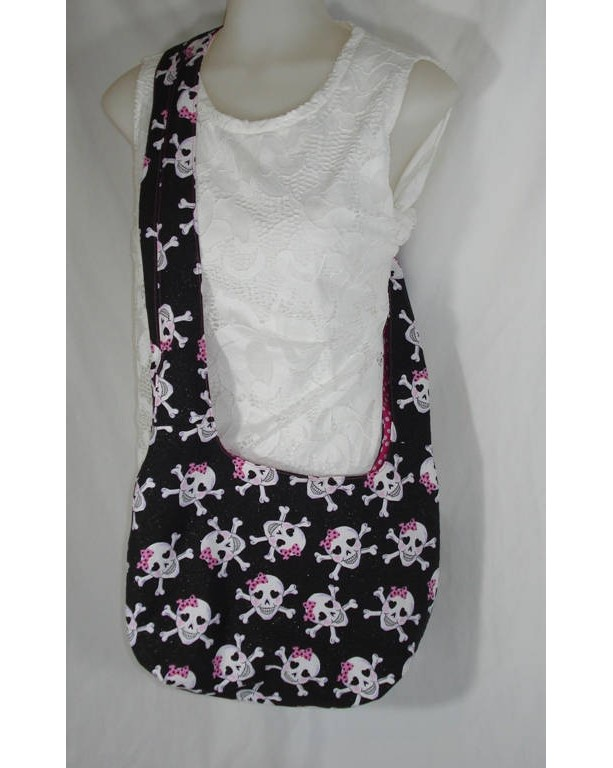 HOBO Over the Shoulder TOTE BAG with Black and Hot Pink Smiling Skull and Crossbones Cuties