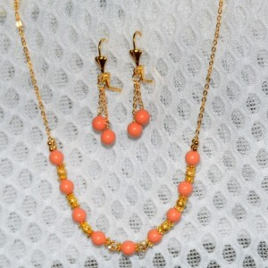 Gem colors Pearl Necklace set