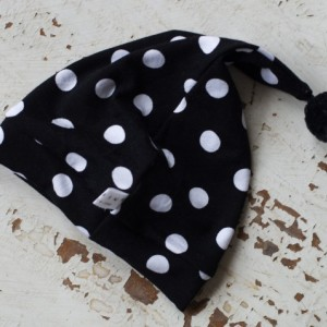 0-3 mo Elf - Hobbit - Gnome - Dwarf Hat with PomPom Tail. Newborn hat with black and white polka dot patterned fabric.